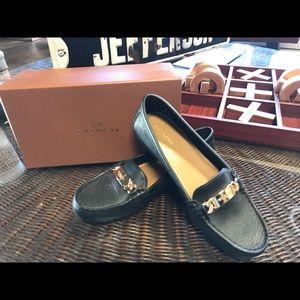 🔥NIB Coach Olive Pebble Leather Loafer Flat Shoe